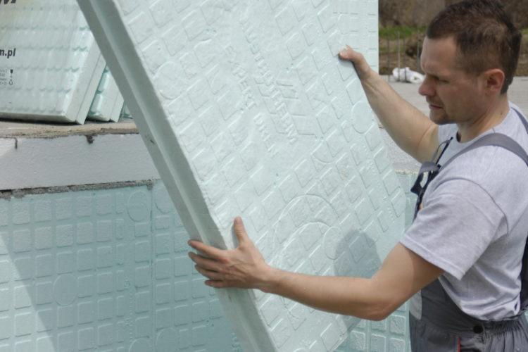 Ogrzej swoje fundamenty styropianem ekspandowanym marki Austrotherm - EPS 035 EXPERT. Zamów na www.styroshop.pl